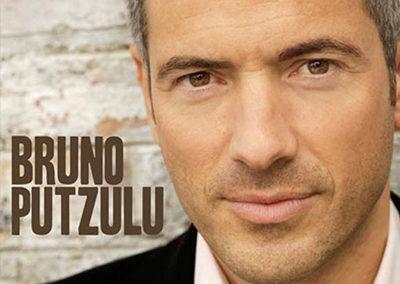 2010 – Album de chansons « Drôle de monde »